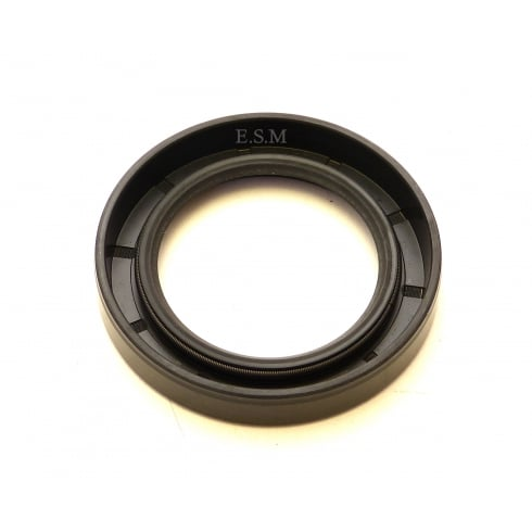 Rear Hub Oil Seal (MM & Series II Axle)
