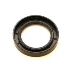 Rear Hub Oil Seal (MM & Series II Axle)